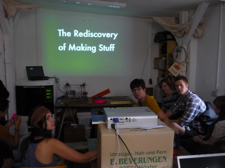 The Rediscovery of Making Stuff, Niels Boeing, FabLab im Centro Sociale