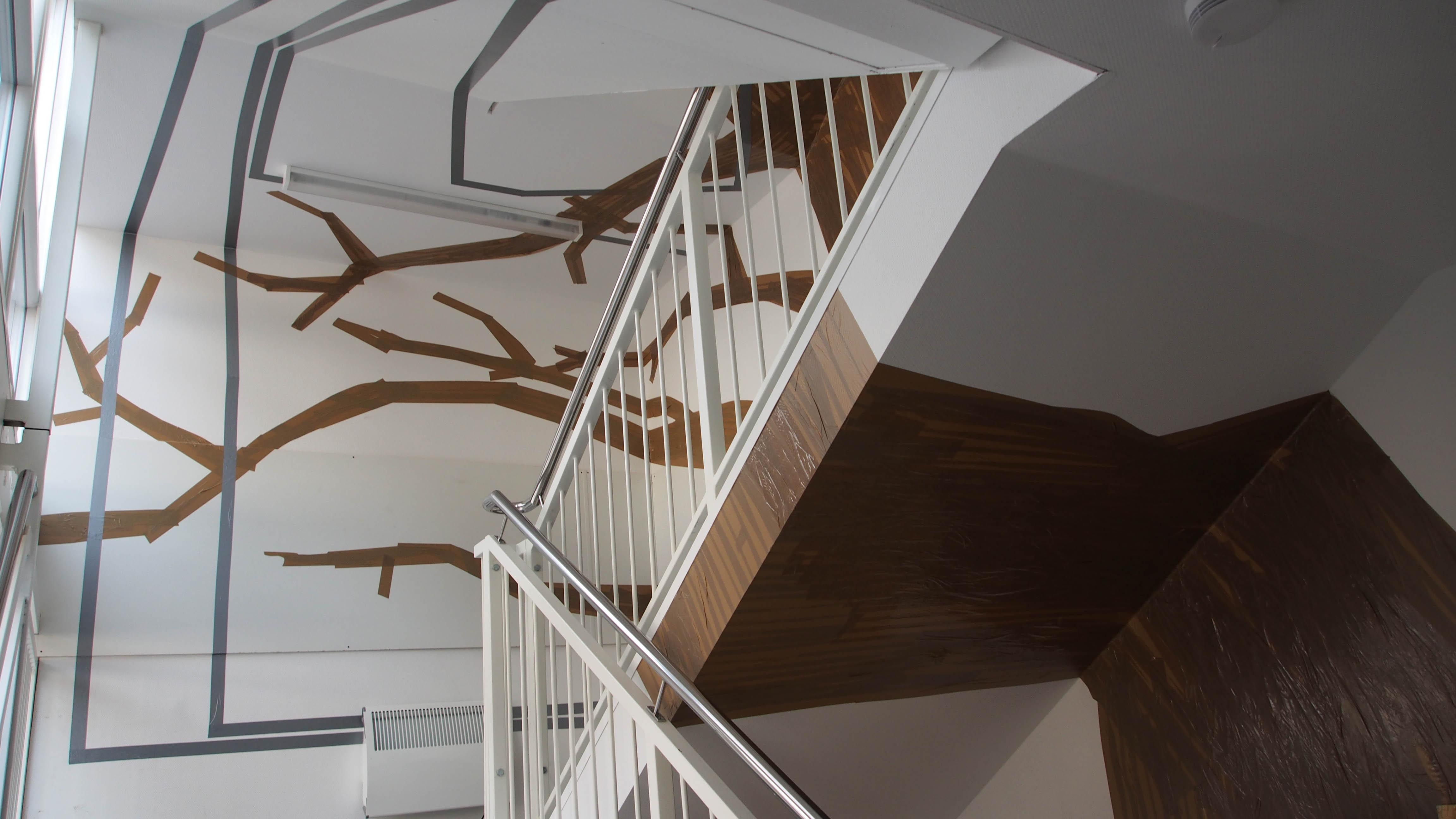 Gartenhaus Treppenhaus Baum aus Packband